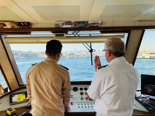 experiencia laboral para trabajar en un crucero