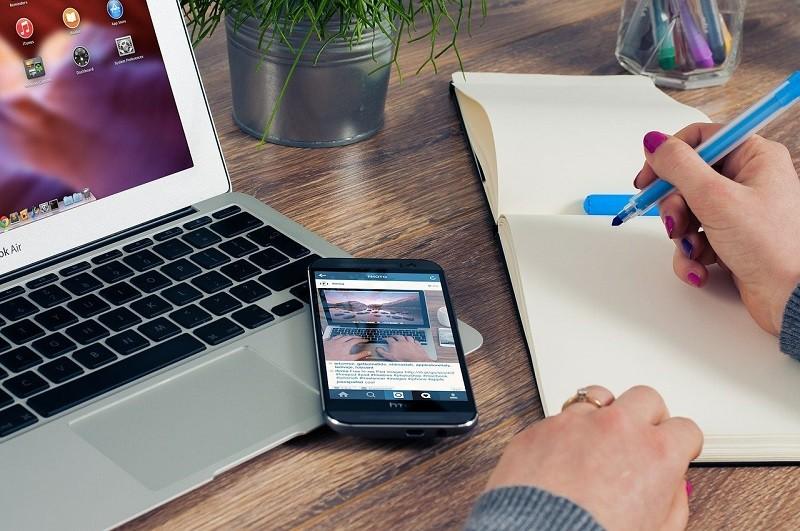 Como y donde trabajar de asistente virtual desde casa